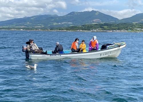 釣り中の黄金マリンレンタル和船